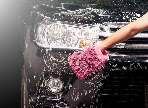 suv manual car washing | Luxe Wash
